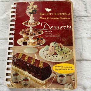 Vintage Cookbook Favorite Recipes of American Home